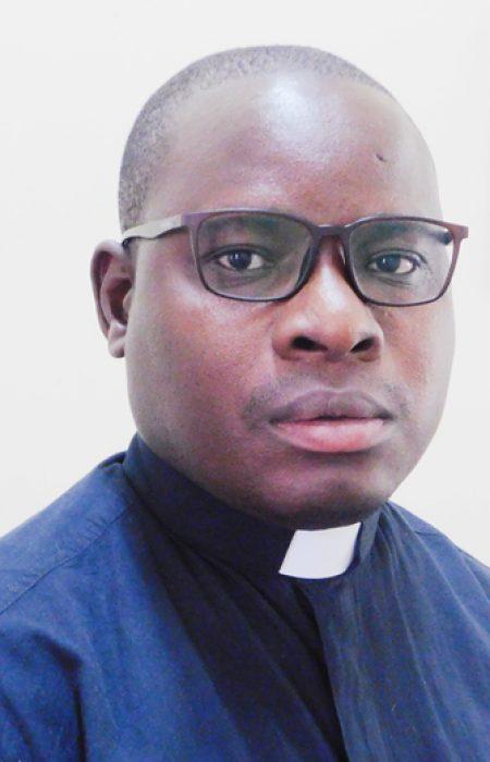 Fr Israel Madziakaphwa